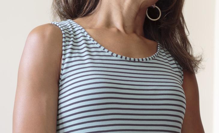 S1358_neckline_730px